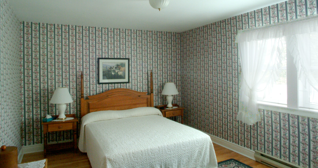 Hotel Room 8