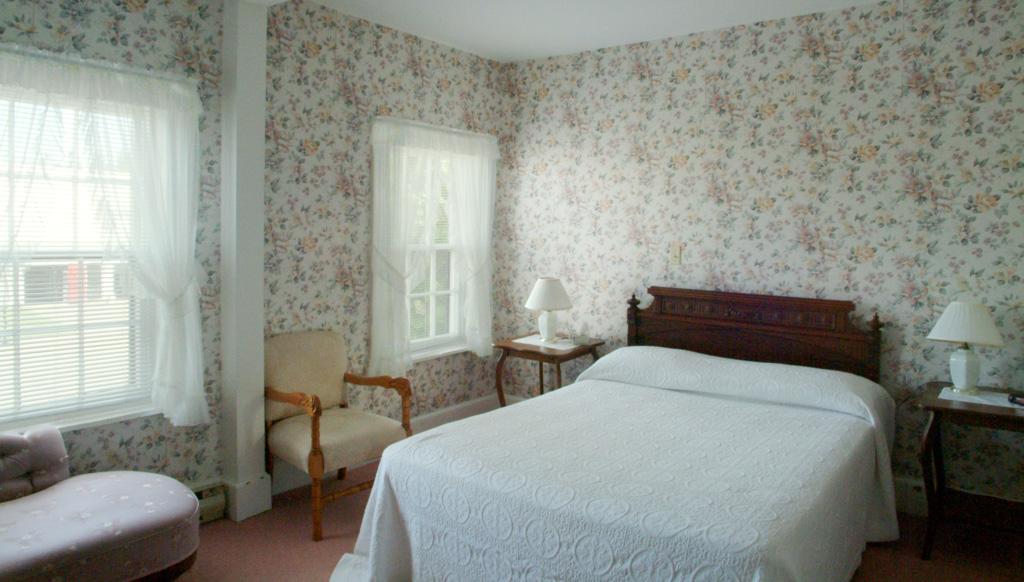 Hotel Room 12